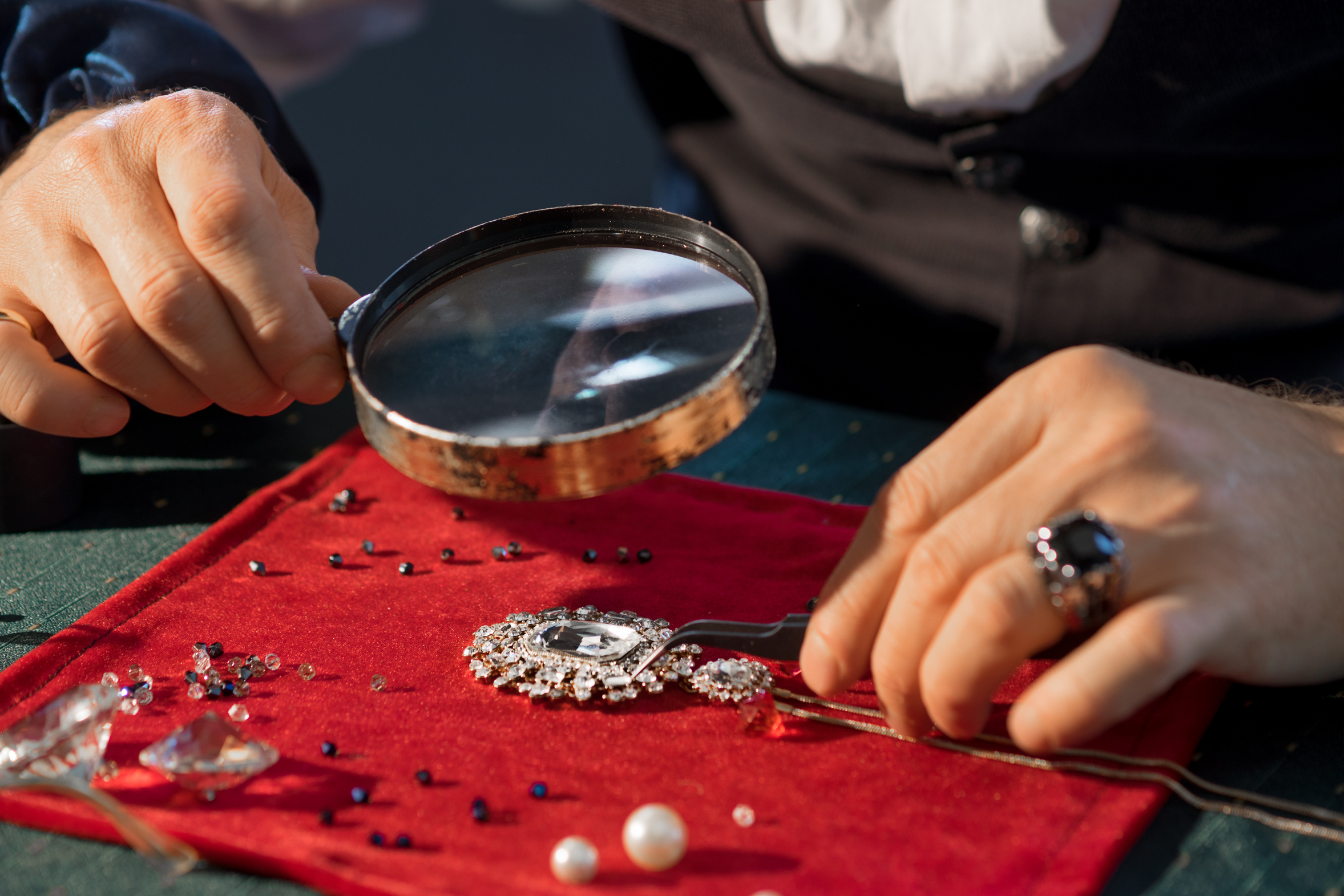 THE SECRET WORLD OF JEWELLERS